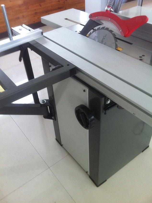Круглопильный станок с подвижным столом JIB MJ10 1600
