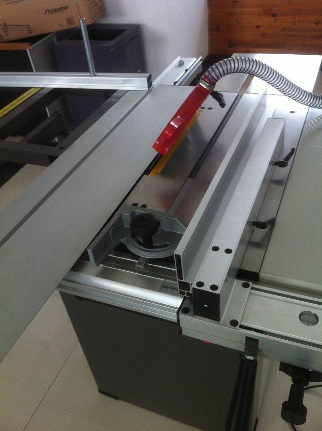 Круглопильный станок с подвижным столом JIB MJ10 1300